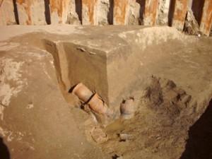 飯積遺跡:カマドにかけられた土器