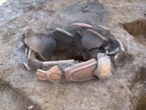 中道・中道下遺跡:縄文土器を使った炉