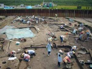 下田町遺跡:発掘調査風景