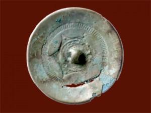 反町遺跡:内行花文鏡