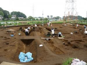 諏訪北2遺跡:発掘調査風景