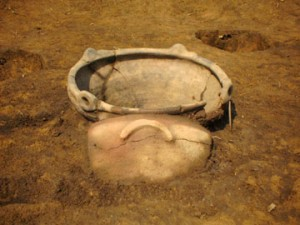 牛原遺跡:縄文中期前半住居跡炉体土器