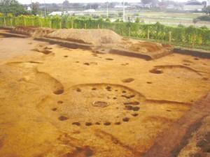 堀込遺跡:縄文時代の柄鏡形住居