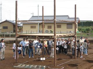 神ノ木2遺跡:縄文の掘立柱復元