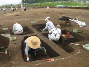 皂樹原・檜下遺跡:竪穴住居跡の調査