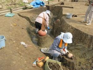 反町遺跡:竪穴住居跡の調査