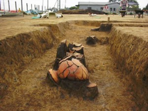 富田後遺跡:方形周溝墓出土土器