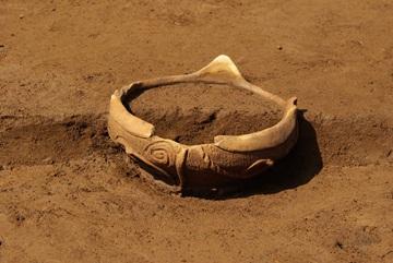 炉に設置された土器(炉体土器)