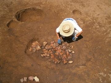 土器を敷き詰めた土壙